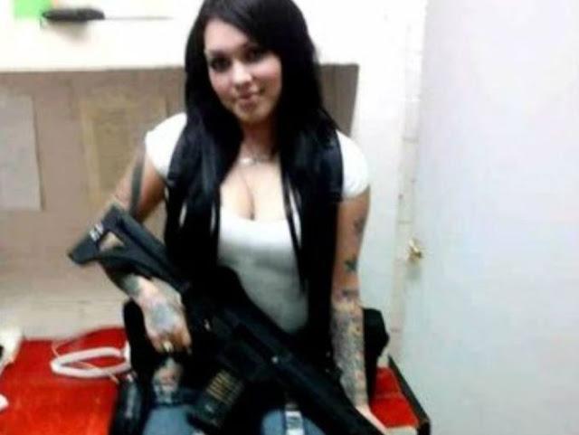 El Cártel de Las Flacas... el sanguinario y peligroso grupo de jóvenes mujeres asesinas.