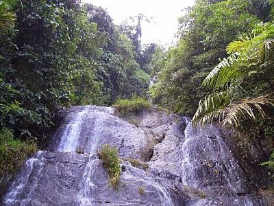 Wisata Alam Air Terjun Curug Cibali di Majalengka Jawa Barat Tempat Wisata Terbaik Yang Ada Di Indonesia: Wisata Alam Air Terjun Curug Cibali di Majalengka Jawa Barat