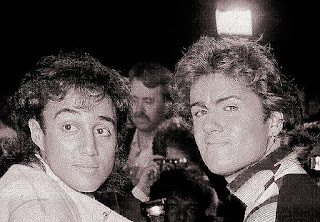 George Michael e Andrew Ridgeley cantano Careless Whisper - Wham