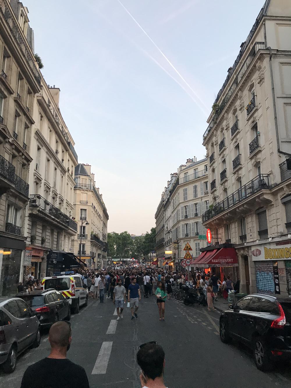 Yksi kuuma yö Pariisissa 15