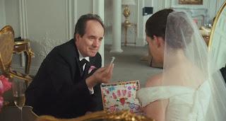 bride wars-john pankow-anne hathaway