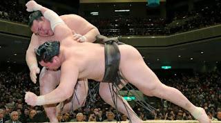 """SUMO - Kisenosato retoma el """"Yokozuna"""" a un luchador japonés 19 años después"""