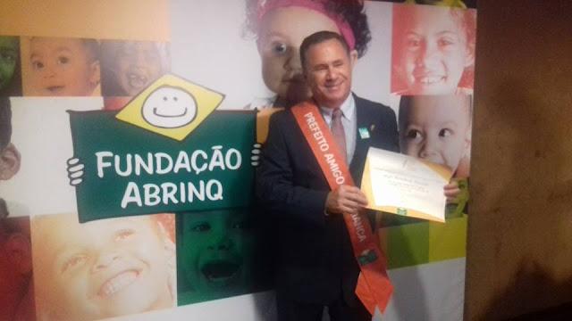 """Sérgio Miranda ganhou pela segunda vez consecutiva o prêmio """"Prefeito Amigo da Criança"""