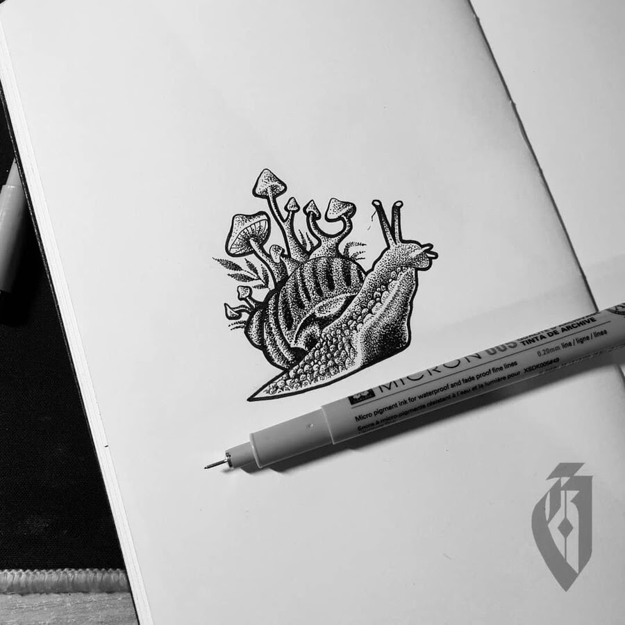 07-Surreal-little-snail-bloopdots-www-designstack-co