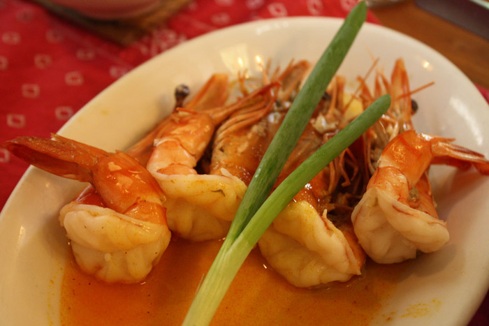 Kalui Special of the Day Set includes these delicious prawns.