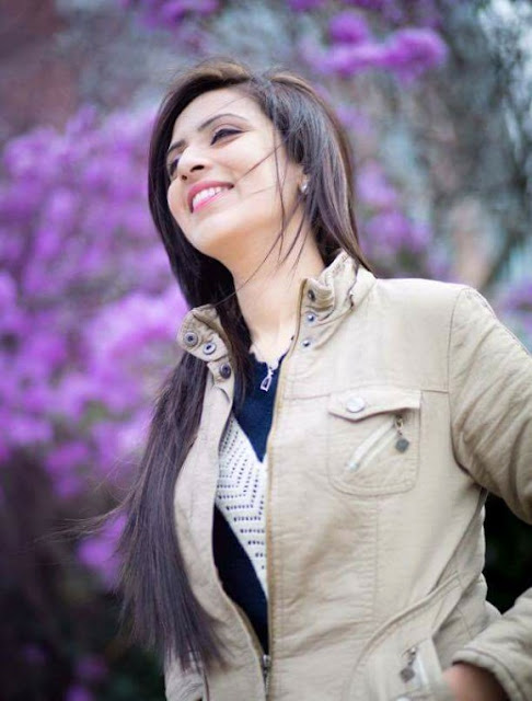 Bidya Sinha Mim smile