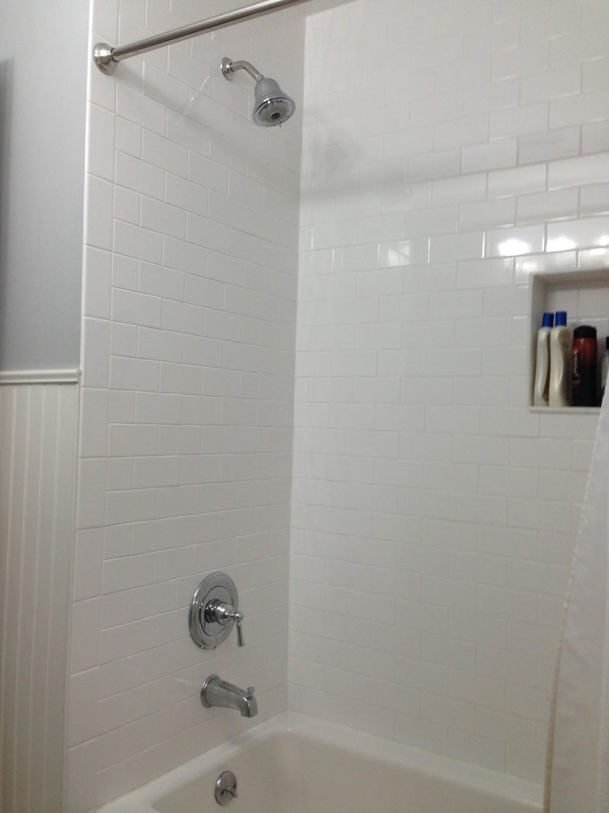 Minhus bathroom redo for Redoing bathroom walls