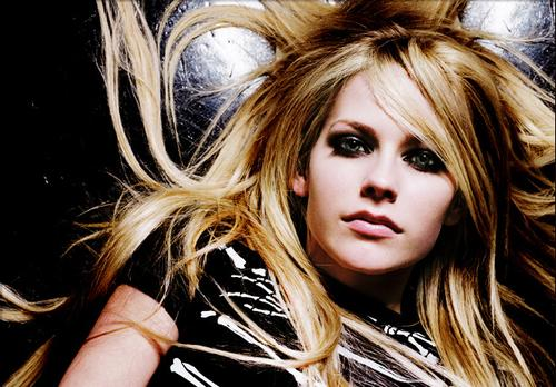 Lirik dan Chord Lagu One Of Those Girls ~ Avril Lavigne