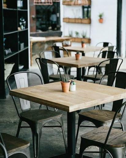 Model Meja Kursi Untuk Furniture Cafe dan Restoran Desain Klasik dan Modern Terbaru