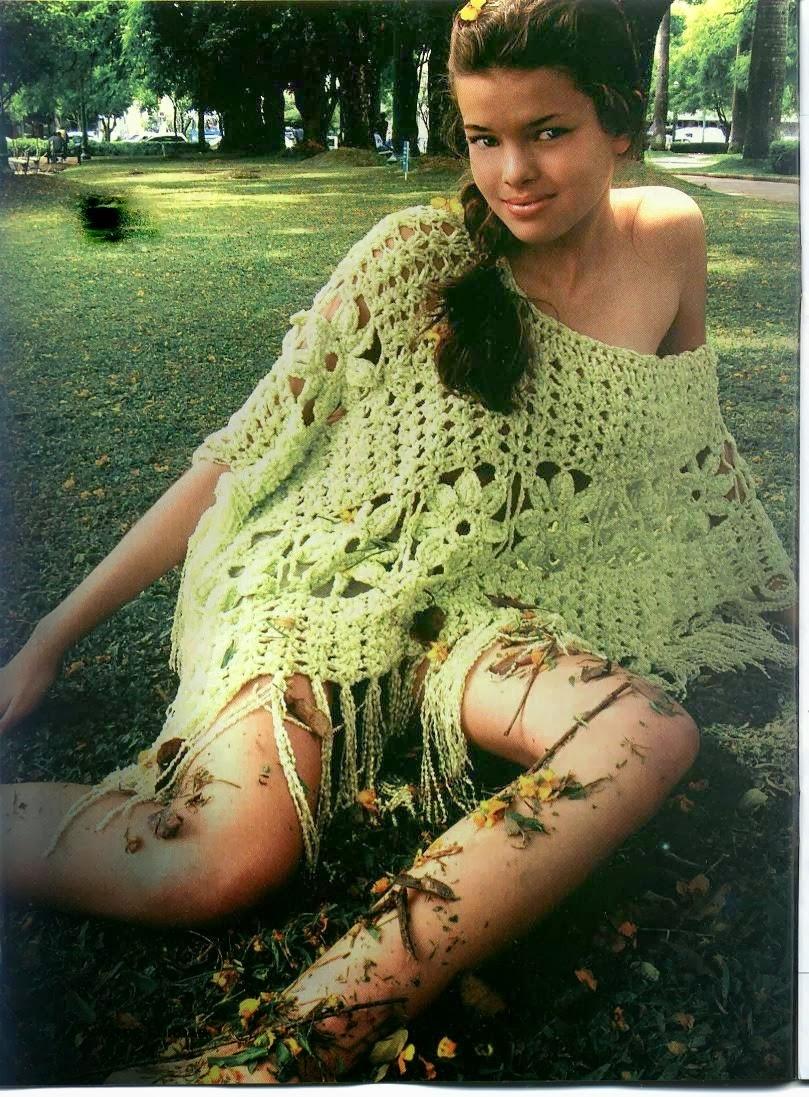 Poncho Flores Crochet Patron