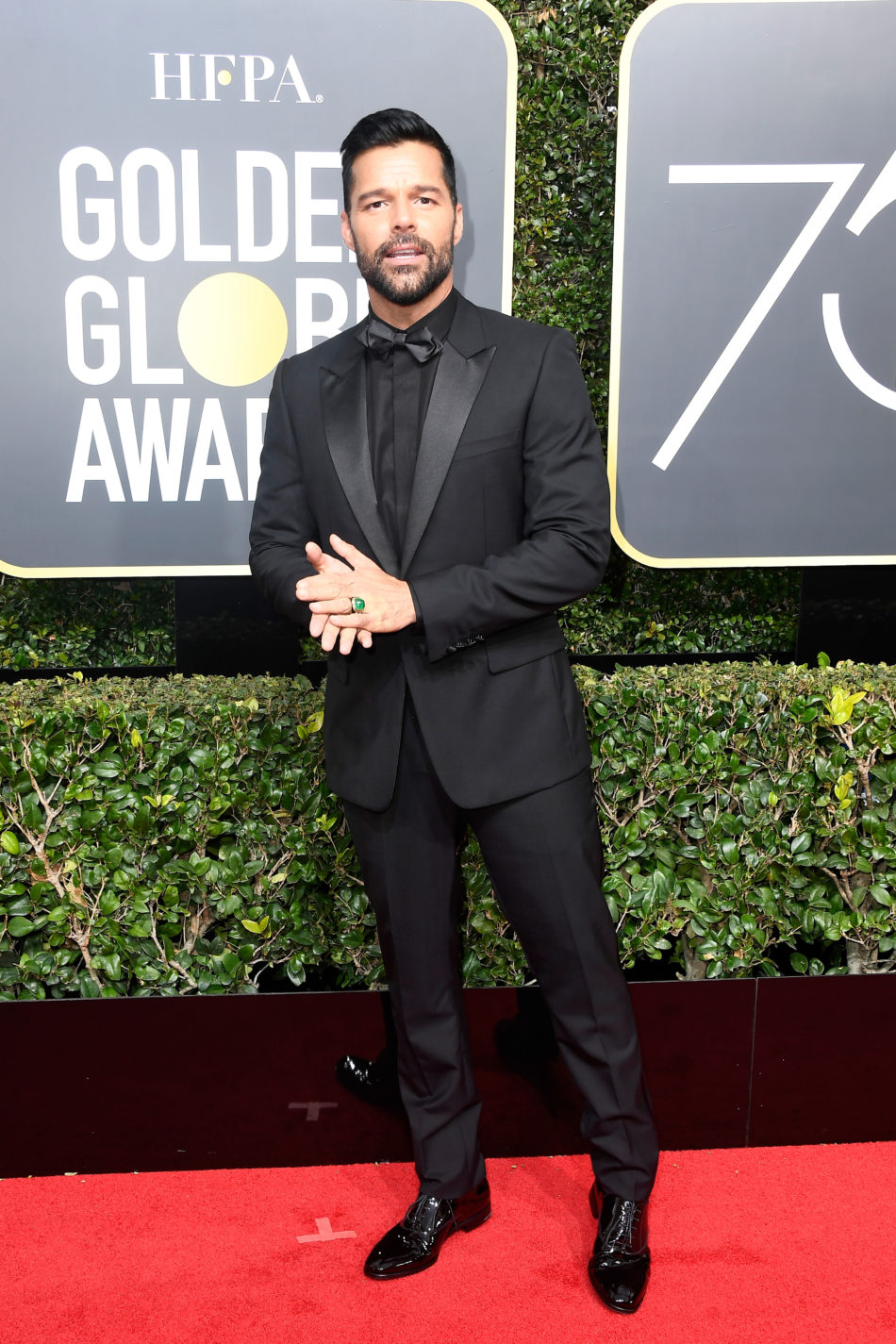 Golden Globes 2018, Red Carpet, Alfombra Roja, Tuxedos, Trajes, Ternos, Hombres, Looks, Outfits, Premiación, Masculinos, Estilismos, Vestir bien, Ricky Martin