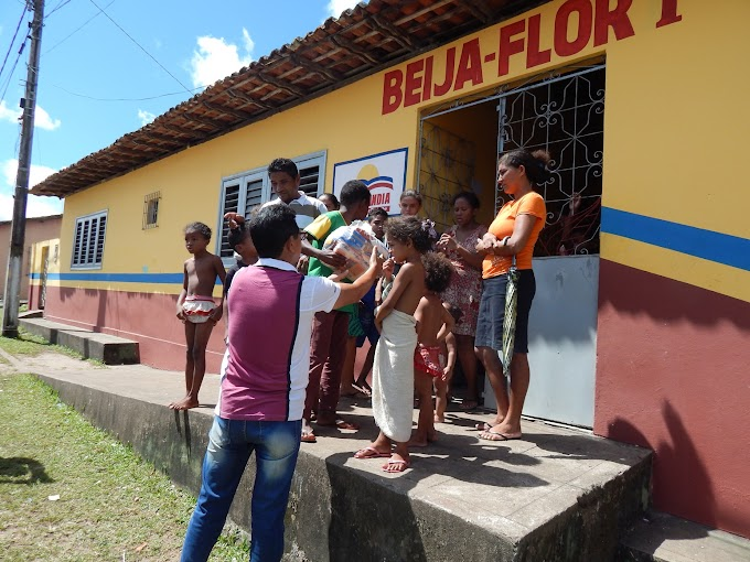 Famílias atingidas pelas chuvas em Turilândia recebem cestas básicas e água mineral