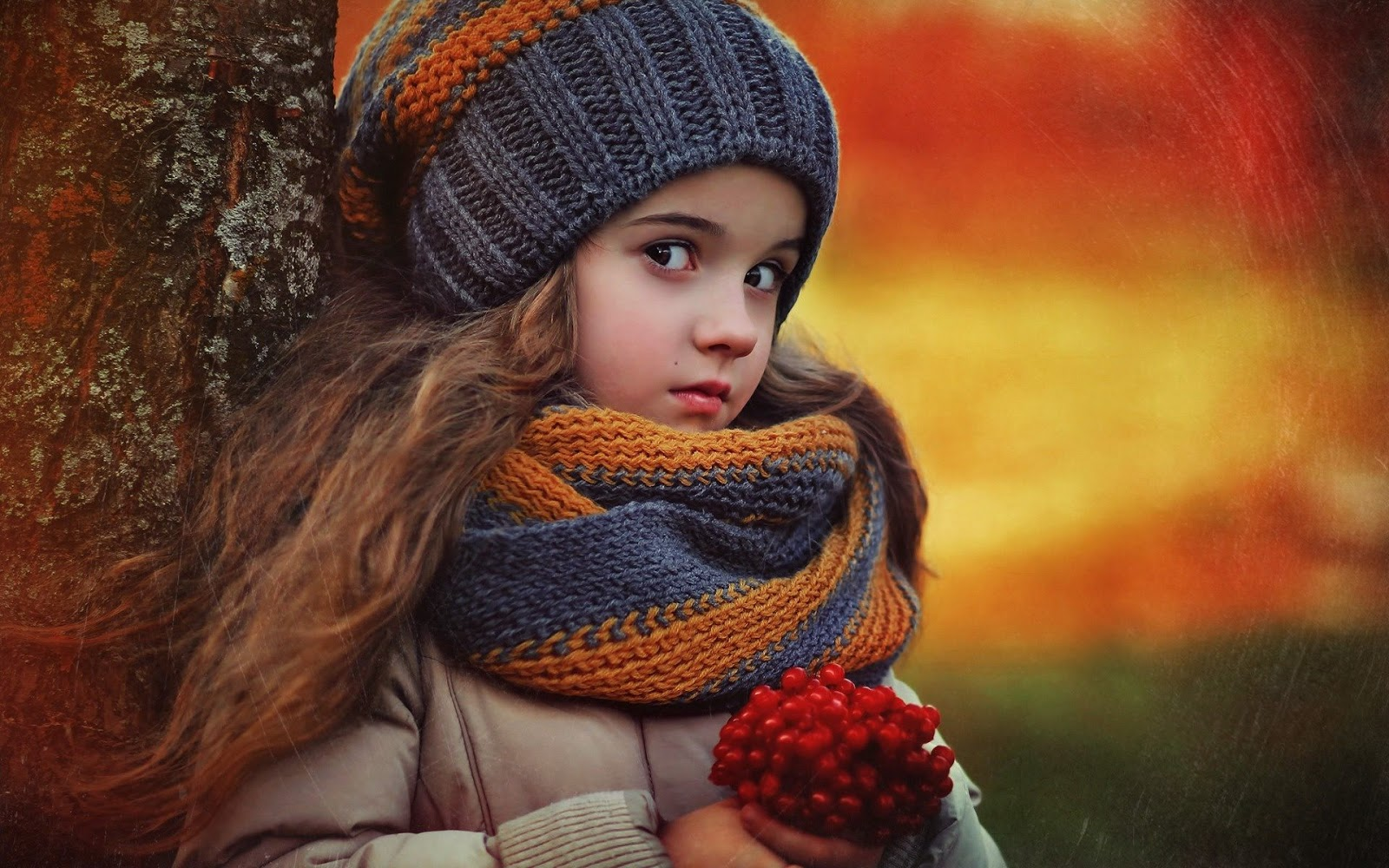Red Indian Girl Wallpaper Red Berries Cute Girl Dell Wallpapers High Definition