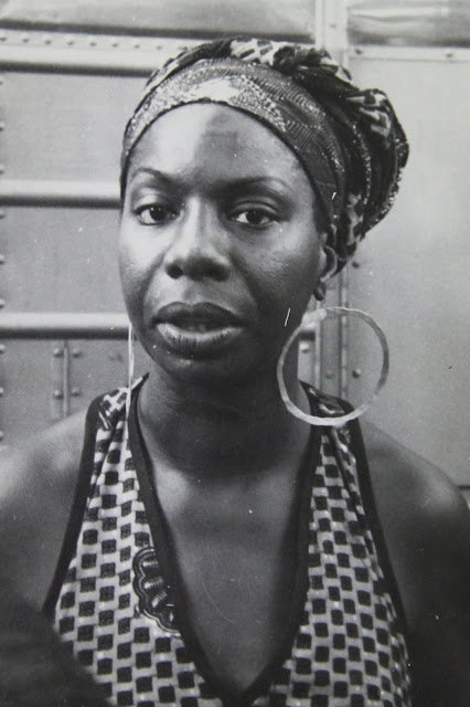 A list and descriptions of the best Nina Simone songs. Top favorites, famous hits, obscure classics.