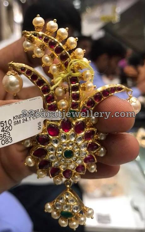 41 Grams Trendy Ruby Pendant