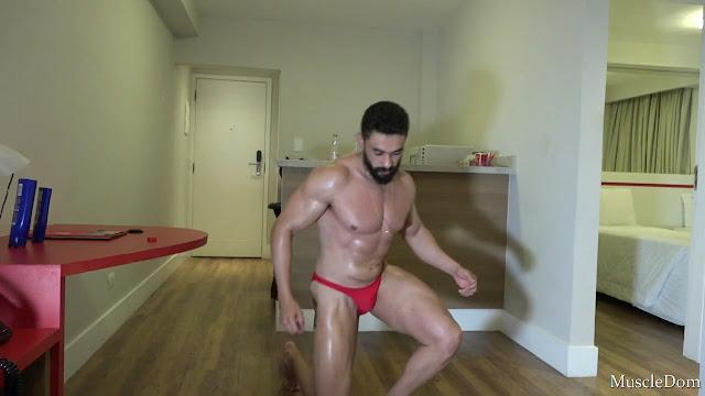 MuscleDom - Eric