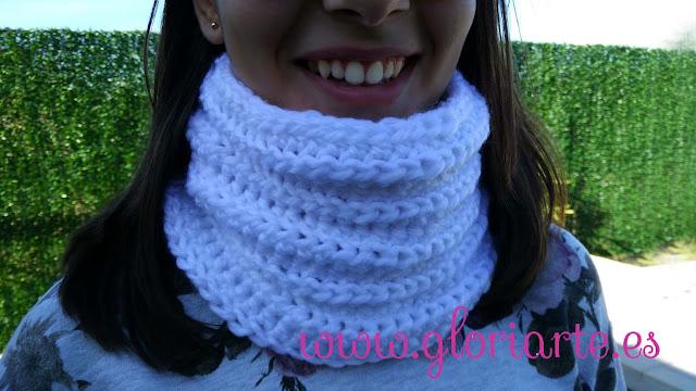 cuello en crochet para no pasar frío.