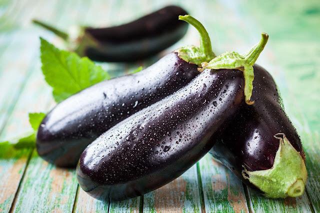 فائدة فوائد الباذنجان للبشرة الشعر Benefits-eggplants.j