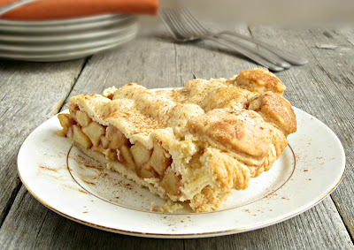 Homemade Apple Pie and the Basics of Pie Making