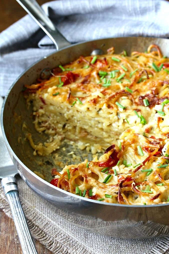 This Pasta Carbonara Torte, as its name implies, takes what is a traditional spaghetti dish, and turns it into a pasta you can slice and serve.