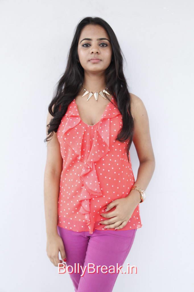 Tollywood Actress Manasa, Manasa Hot Pics in Salmon Coral Red Polka Dotted  Top