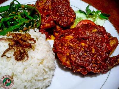 Resep Ayam Goreng Penyet Pedas Spesial
