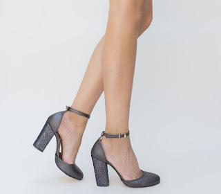 sandale gri cu toc gros elegante de zi