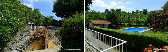 Jardim e piscina da Casa São Faustino de Fridão, em Amarante