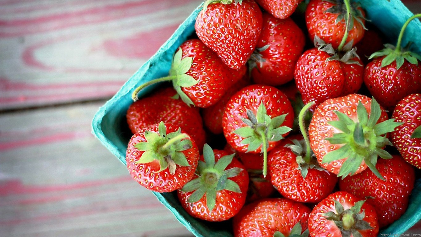 Delicious-and-Fresh-Fruits-HD-Wallpapers-1280x1024