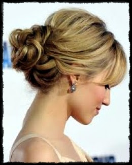 Cute Knot easy updos for short hair