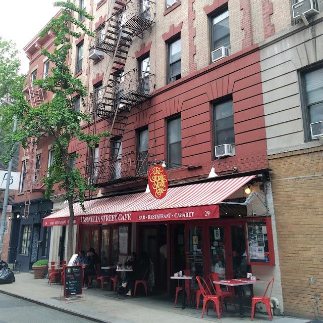 Uma-miúda-em-Nova-Iorque-3-armazem-de-ideias-ilimitada-cornelia-street-cafe