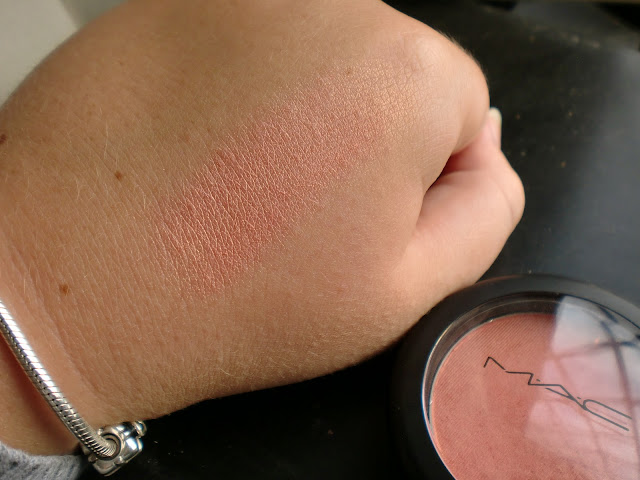 mac-blush-style-swatch