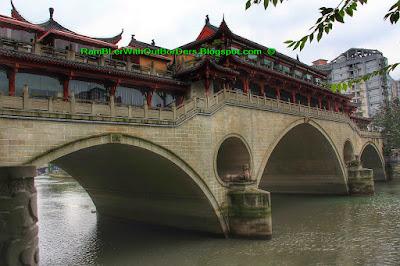 Anshun Bridge, Lan Kwai Fong, Chengdu, Sichuan, China
