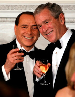 Berlusconi and Bush during Columbus Day in Whitehouse