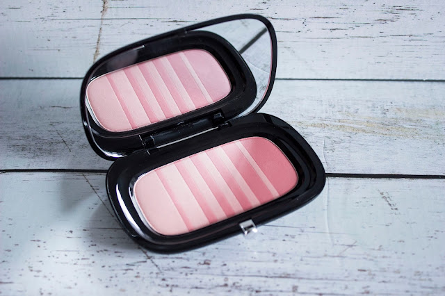 Marc Jacobs Air Blush Kink & kisses