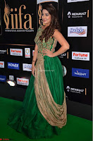 Manjusha in Beautiful Sleeveless Green Anarkali dress at IIFA Utsavam Awards 26.JPG