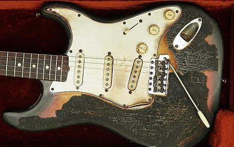 guitarra quemada de hendrix