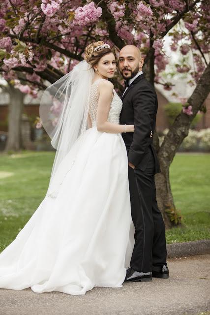 cheap wedding photography, destination wedding photography, creative wedding photography, local photographers, modern wedding photography, famous wedding photographers,