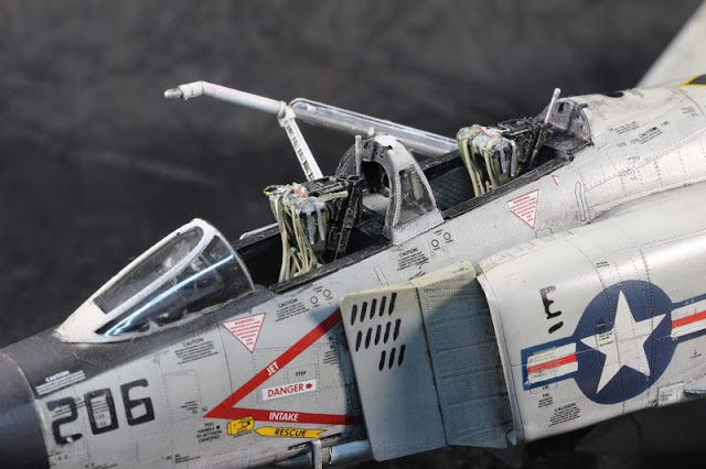 F-4B Phantom II,Eduard 1/48, la dernière ligne droite.