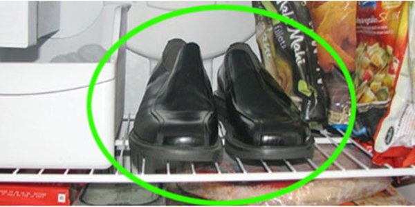 THIS MAN KEEPS HIS SHOES IN THE FREEZER. THE REASON? THIS IS BRILLIANT!