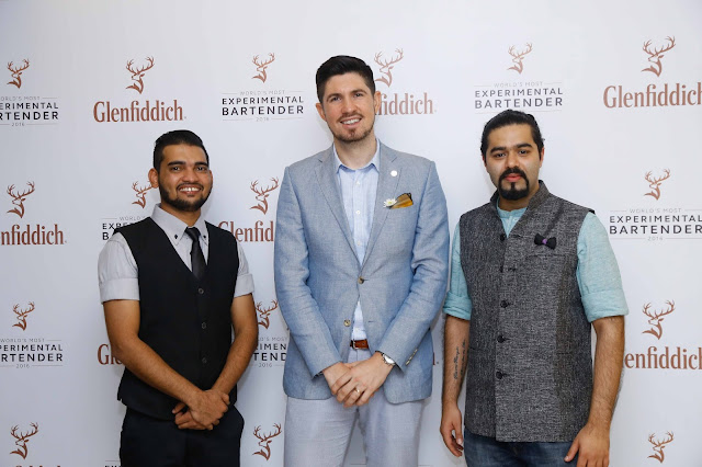 Glenfiddich global brand ambassador with the winners-min