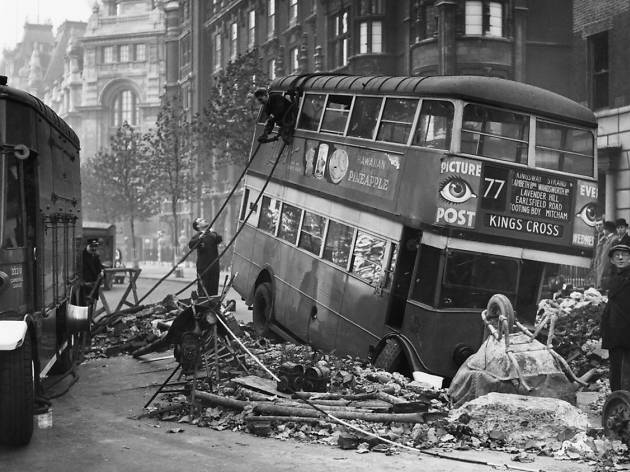 25 October 1940 worldwartwo.filminspector.com London Blitz bus