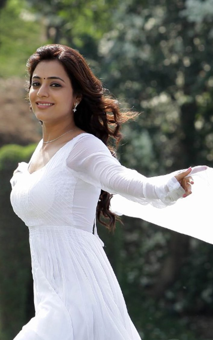 Nisha Agarwal Photos In White Dress