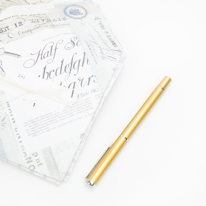 DIY Custom Stationary by @createoften for @heidiswapp