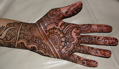 Best-indian-mehandi-designs-for-girls-with-images-9