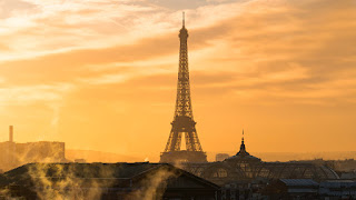 Eiffel Tower at Sunset (Credit: Eric Schaeffer / Getty Images) Click to Enlarge.