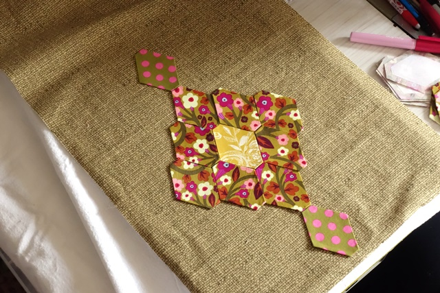 Laura Quilt Amersfoort.Esther S Design Blog Wow Working On My Diamond Clusters