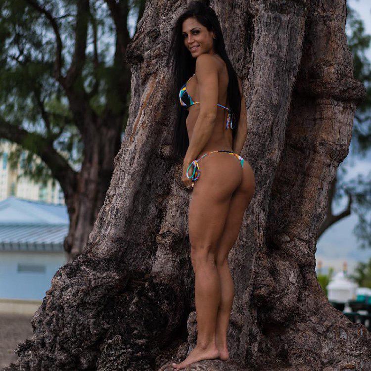 Hungarian fitness bikini Anita Herbert