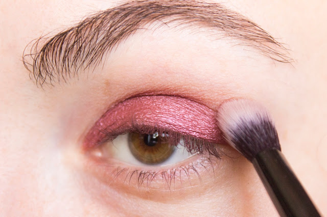 New year make-up 2018, step 3: blending