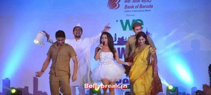 Neha Kakkar, Tv Babe Pics from Welingkar Fashion Show - Rashmi Desai, Vidya Malvade, Smita Bansal, Kritika Kamra